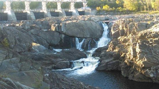 Grand Falls, Canada: IMAG0672_large.jpg