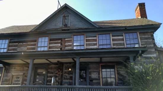 Wytheville, Wirginia: photos from 1776 Log House