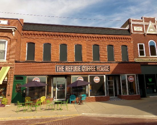 Outside refuge coffee house carlinville il