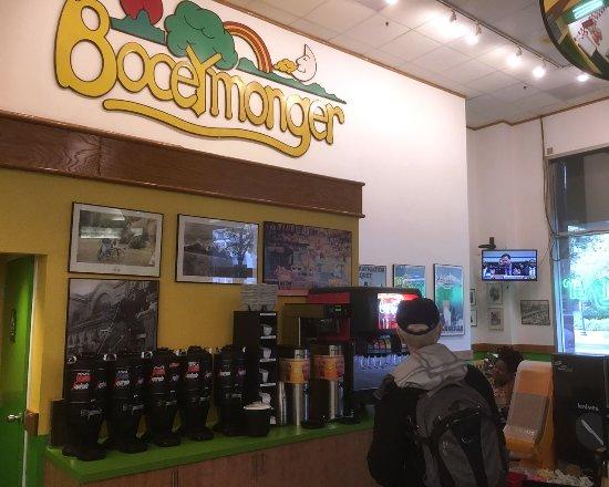 Bethesda, MD: Booeymonger interior