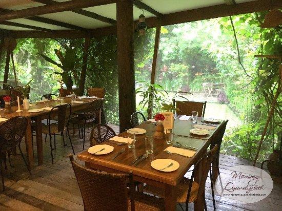 Chateau Hestia Garden Restaurant & Deli: photo3.jpg