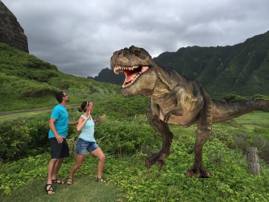 Playa de Ewa, Hawái: Running for our lives (Jurassic Park style!)!