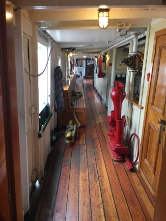 Muskoka Steamships: The engine room area