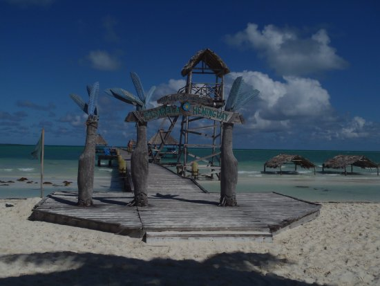 Beach and pier entrance