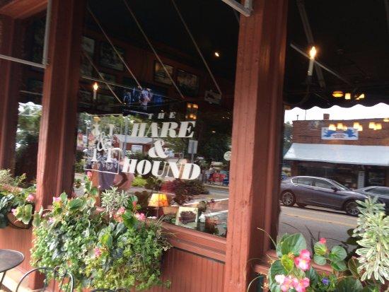 Landrum, Carolina del Sur: Hare & Hound facade