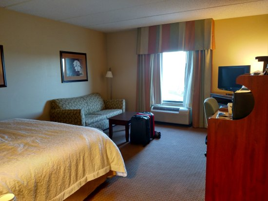 Blairsville, PA: Room