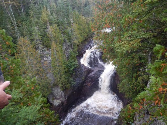 Grand Marais, MN: looks bigger in the pic..devil's kettle is on the left..