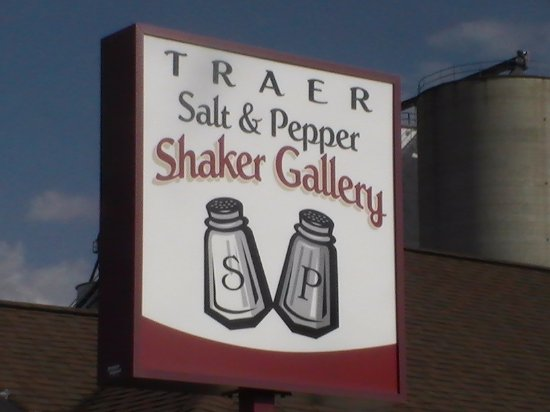 Traer, IA: sign outside the building