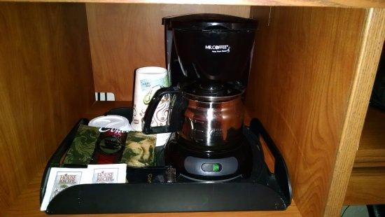 Roseburg, OR: In room coffee machine
