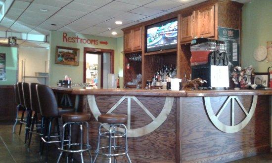 Seward, NE: Bar