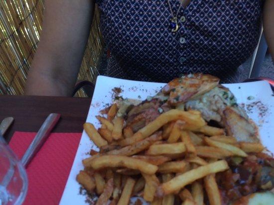Ax-les-Thermes, فرنسا: Magret grille frites maison