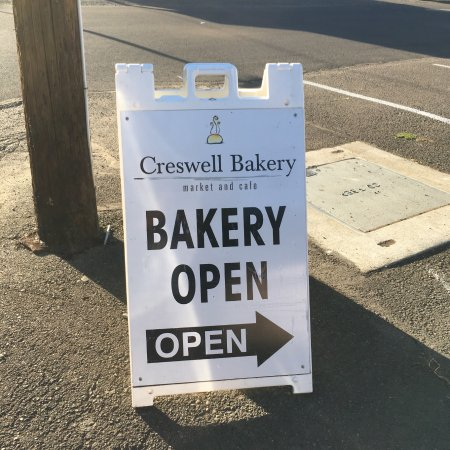 Creswell, OR: Sign to look for...