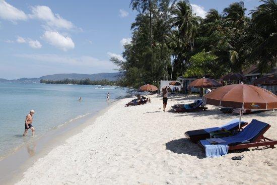 Lipa Noi, Thailand: HOTEL BEACH