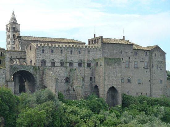 Bildergebnis für Palazzo dei Papi di Viterbo