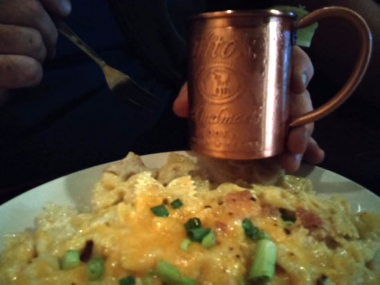 Vestal, NY: Lobster Mac-n-Cheese and Moscow Mule