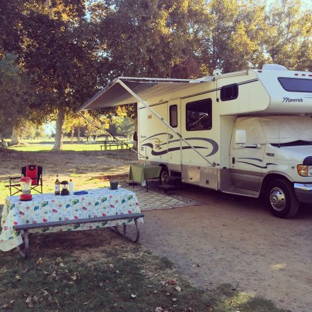 Full hookup rv sites california