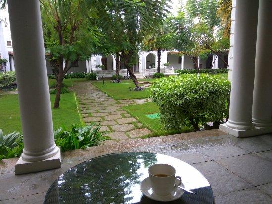 Taj Falaknuma Palace: IMG_20160925_074638_large.jpg