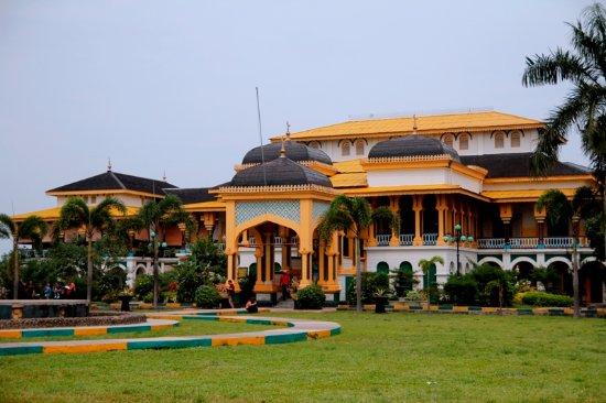 Medan - Istana Maimoon