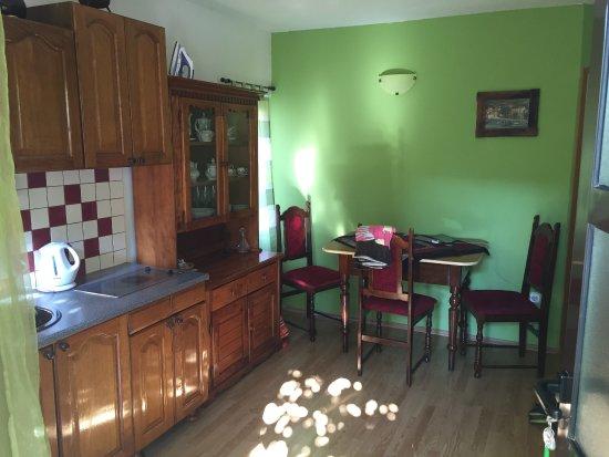 Komiza, Croácia: Kitchen