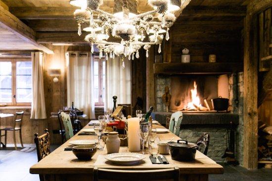 Les Gets, France : Restaurant la Pivotte