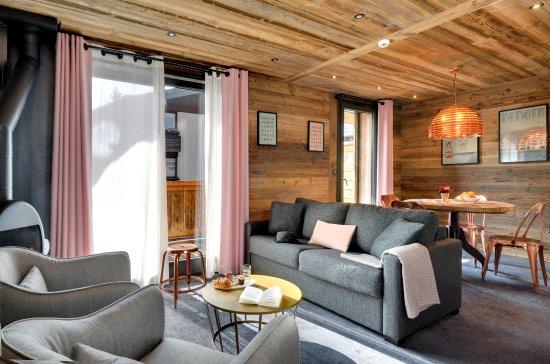 Les Gets, France : Coin salon Suite Confort