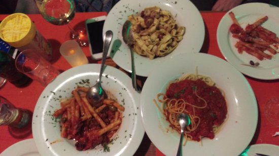 Spaghetteria Toni: Pasta dishes, Plain with tomato sauce, pasta with shrimps and pasta with eggplant.