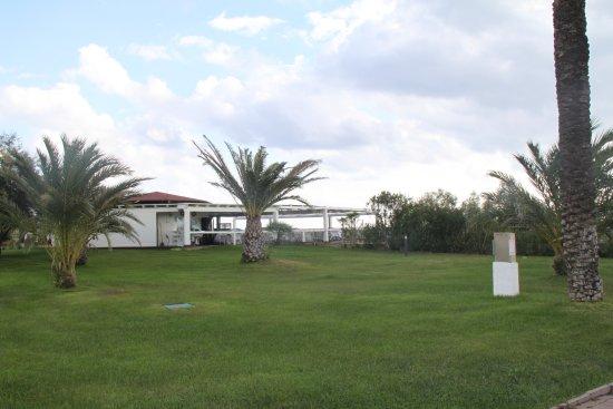 Hotel Garden Beach Photo