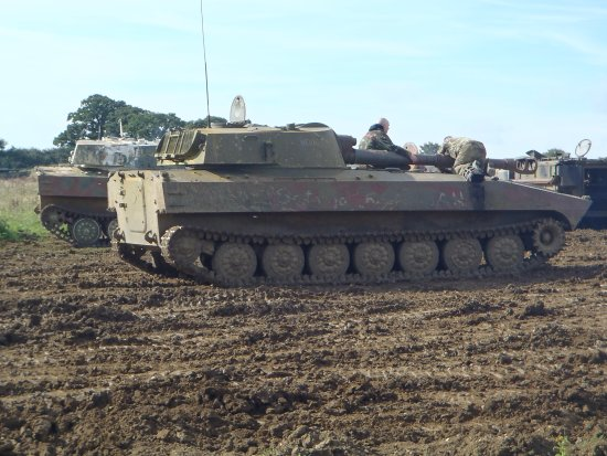 Helmdon, UK: Russian SPG - great to drive