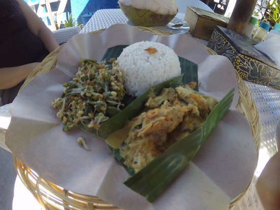 Tulamben, Indonesia: Meal provided in the resort