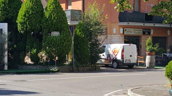 Vignola, Włochy: TA_IMG_20160930_121309_large.jpg