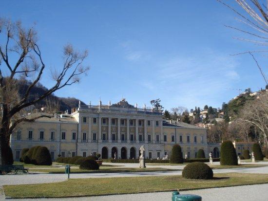 Lombardy, Italia: дворец