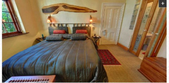 Jambo Guest House: Rose Room