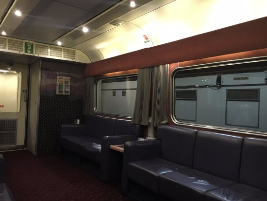 Scottish Highlands, UK: The lounge in the dining car