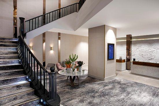 Honeymoon Suite Picture Of Hilton Edinburgh Carlton Edinburgh Tripadvisor