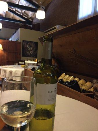 Casserres, España: Excepcional! Uno de esos restaurantes que mantienen su encanto con  una cocina tradicional  de c