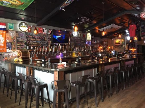 The Cellar Peanut Pub - Pella! 50 craft beers on tap, top shelf drinks and The Best Bloody Mary