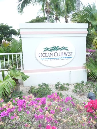 Ocean Club West: Entrance to the resort