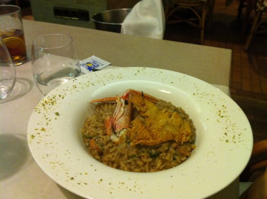 Restaurant Mar Y Sol : Здесь лучшая паэлья в Росасе.