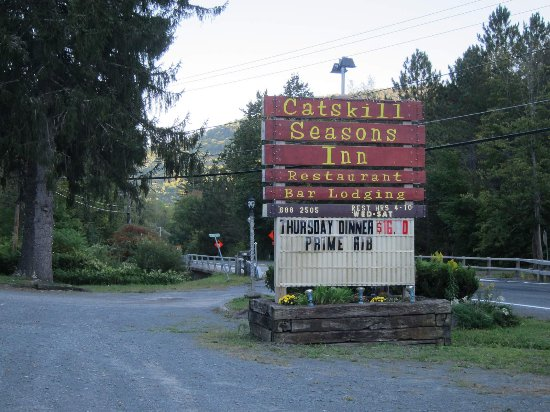 Shandaken, NY: Roadside sign