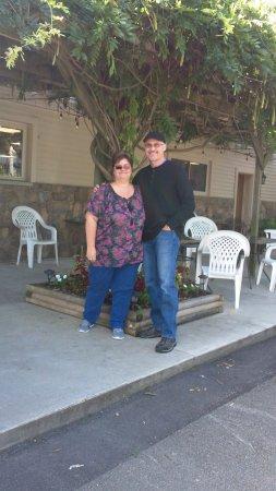 Forestville, Nowy Jork: Under the wisteria in Merritt Estate Winery