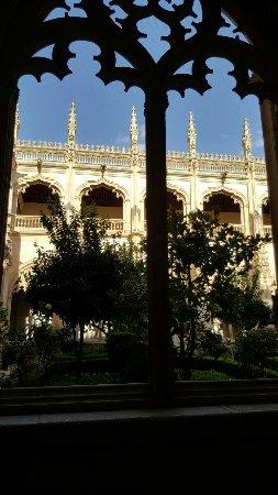 Monastery of San Juan de los Reyes: Interior y exterior.