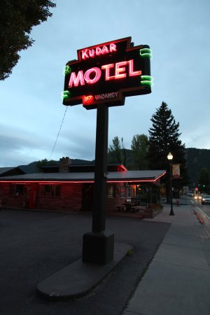 Kudar Motel & Cabins Photo