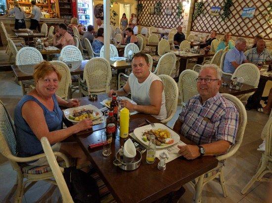 Maria's Golden Beach Tavern Restaurant : IMG_20160920_215159_large.jpg
