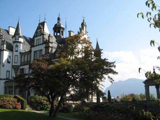 Meggen, Suisse : Näkymä parvekkeen takaa