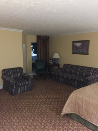 Days Inn Harrodsburg: photo2.jpg
