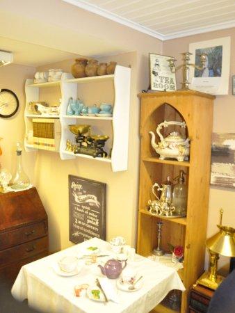 Cushendall, UK: lovely tea settings