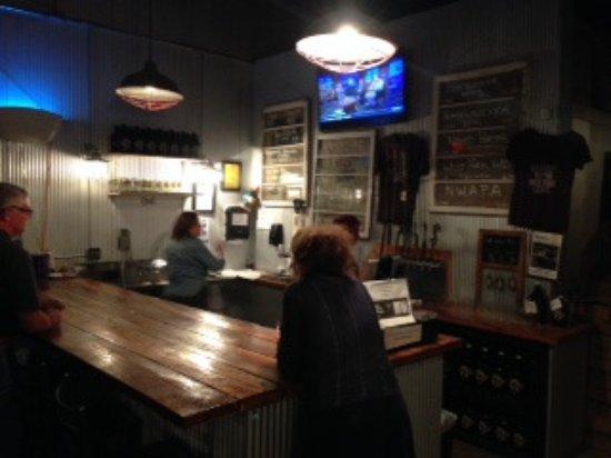Bentonville, Αρκάνσας: Inside at the bar