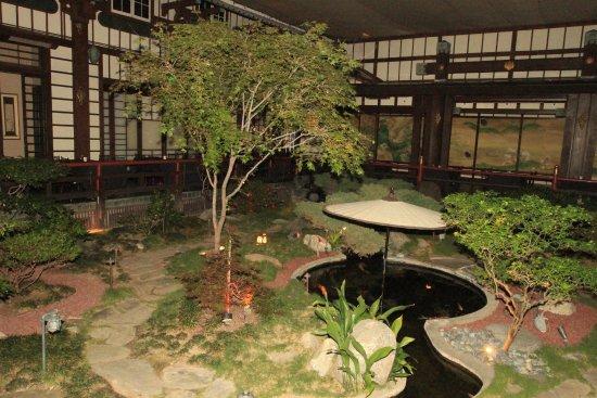 Yamashiro: Jardim interno....