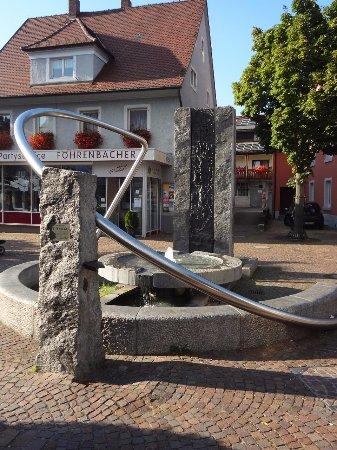 Brunnen Zeitensegel