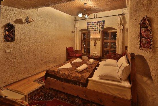 Sunset Cave Hotel: otelin 3 . katında güzel bir odadır
